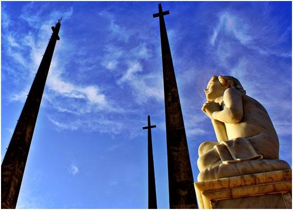 O projeto Nomes revelantes pretende transformar o cemitério em museu digital ao ar livre