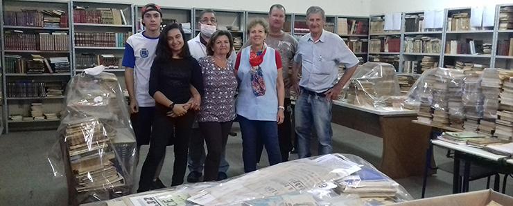 Voluntários se reúnem para recuperar o Centro Cultural de Botucatu