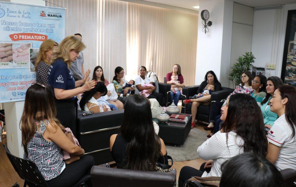 Mães participam de encontro promovido pelo Banco de Leite Humano de Marília