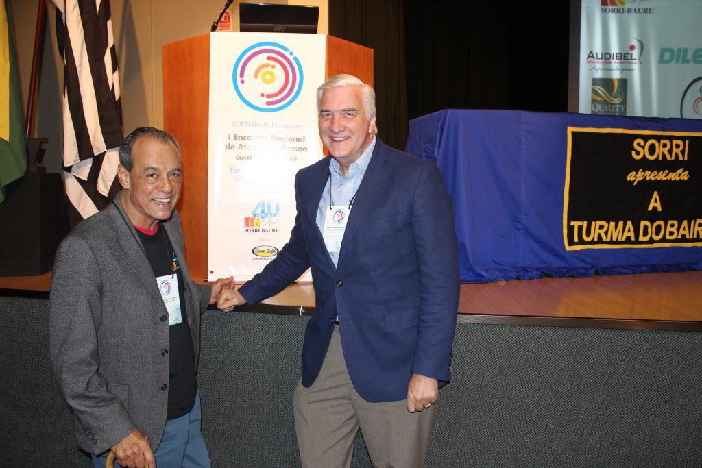 João Bidu, presidente da SORRI-BAURU, ao lado do fundador, Thomas Frist  (Foto: Divulgação/SORRI-BAURU)