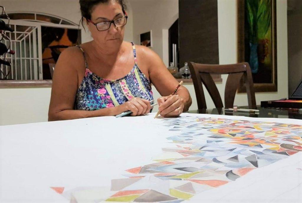 Rúbia Viegas: a artista que está por trás das telas expostas no Centro Cultural Matarazzo