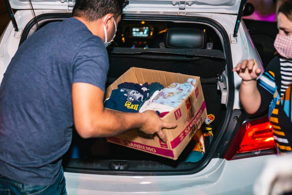 Drive Thru Solidário visa arrecadar agasalhos em prol do Fundo Social de Solidariedade