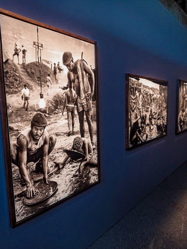 Fotografia de Sebastião Salgado em Serra Pelada