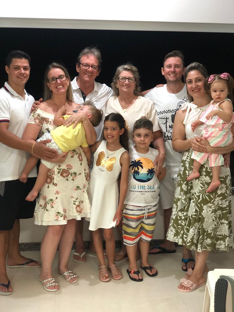 Família Mazzutti com todods os integrantes