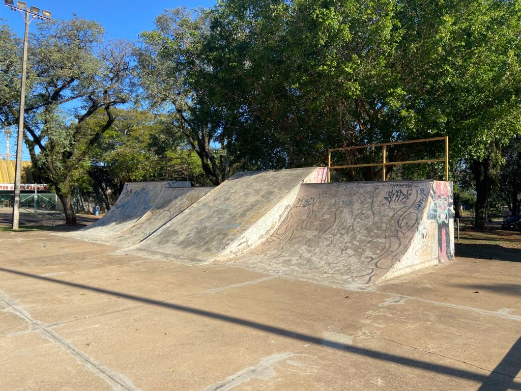 pista de skate costa e silva