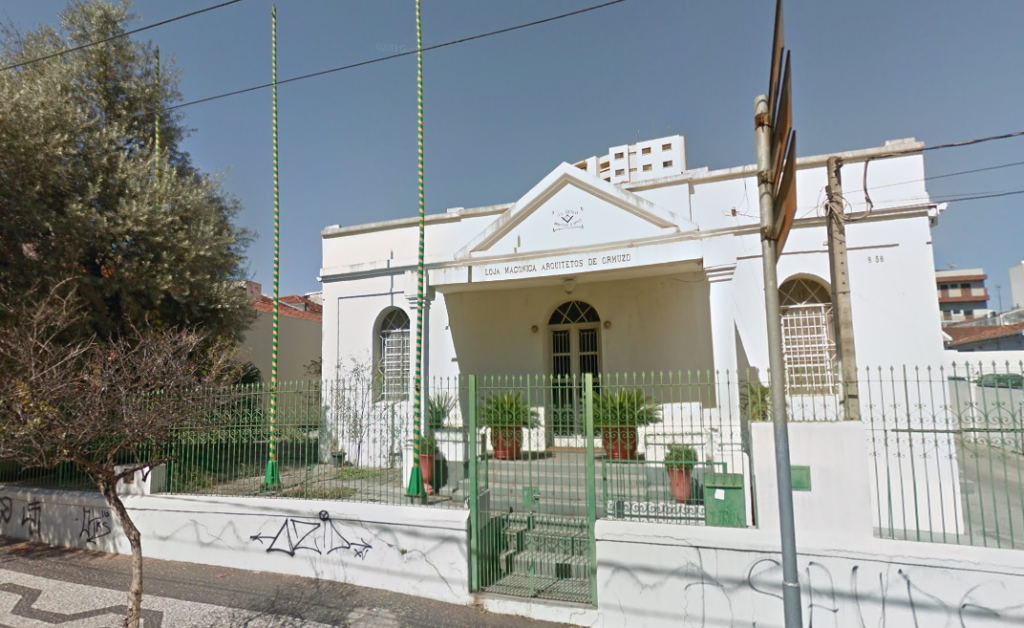 Loja Maçônica Arquitetos de Ormuzd em Bauru, localizada na Avenida Rodrigues Alves. Maçonaria bauruense