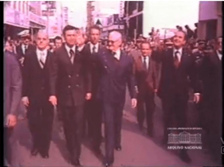 Presidente Geisel em Bauru. Visita de 1976, quando houve a explosão na Avenida Nações Unidas